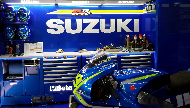 3eb9b-team-suzuki-ecstar-2.jpg