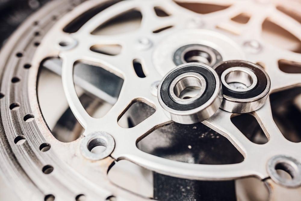 Tips Perawatan Penting Pada Bearing Roda Motor